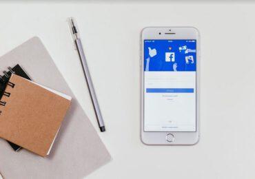Reklama dla blogera: Facebook jako główne źródło ruchu na stronie
